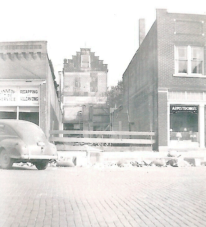 Kennedy Tire Service, 106 East Main St., North Manchester