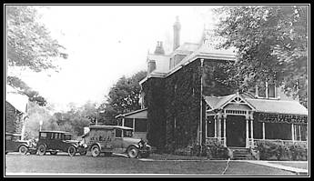 Bender Funeral Home in 1929