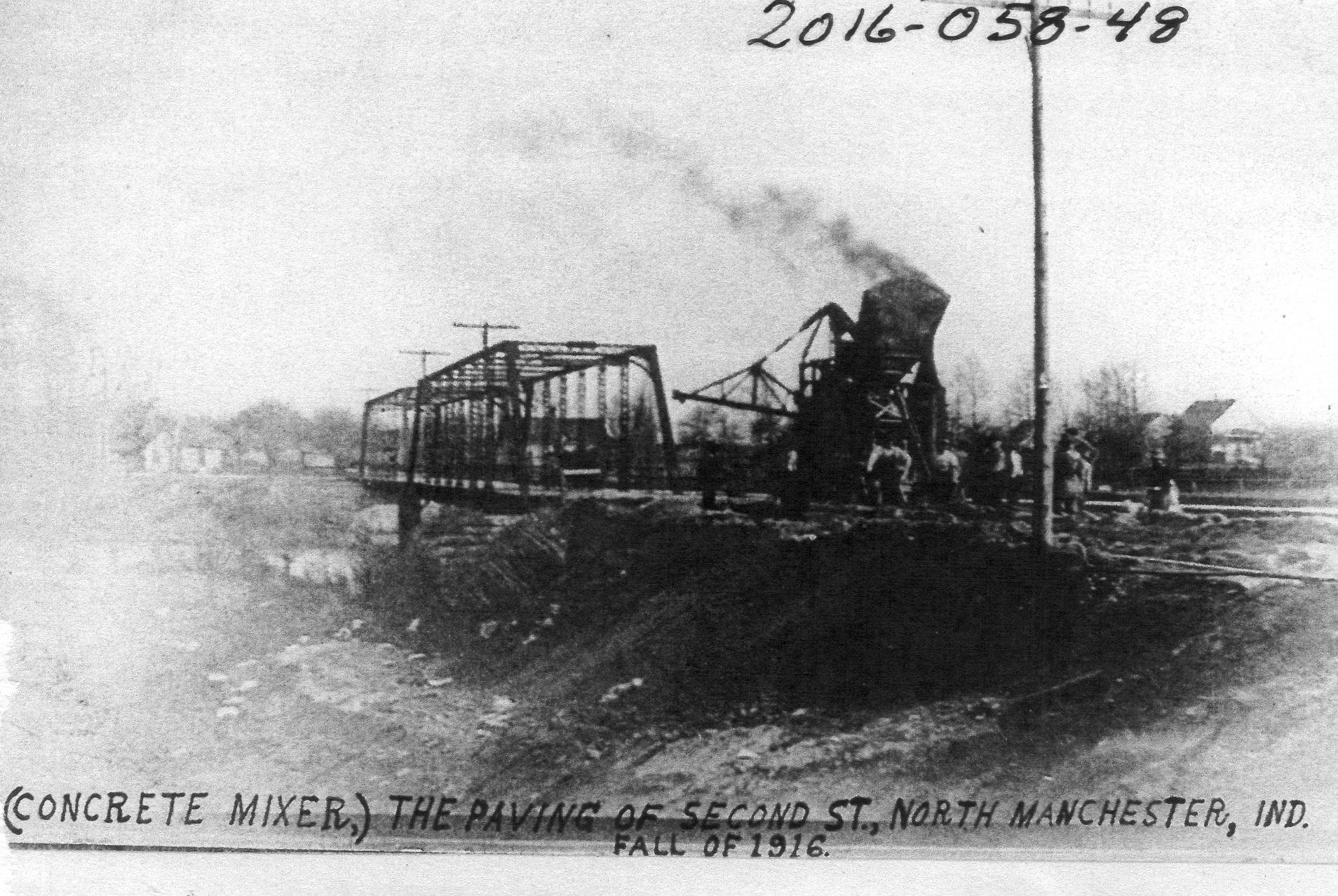 Second Street Bridge Fall 1916-concrete mixer